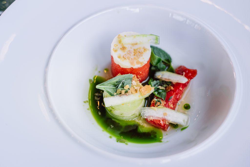 harbuz roșu și galben cu brânză maturată de Apuseni. Coajă de harbuz murată